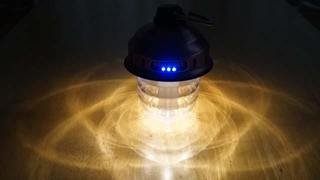 ビーコンライトのバッテリー残量表示LED